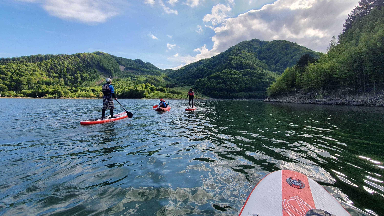 SUP pe lacul Siriu Mares Outdoor Events
